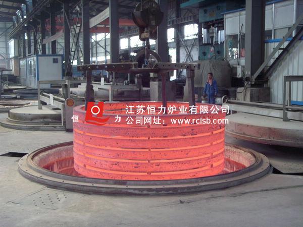 井式炉环件法兰热处理现场结构图