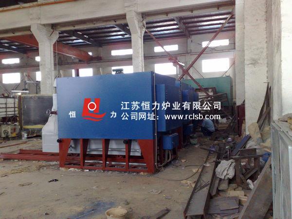 多晶硅坩埚铸锭烧结台车炉结构图